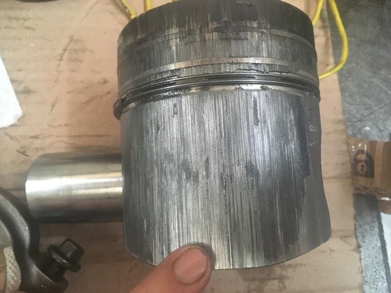 Piston and liner failure analysis - Automotive Engineering