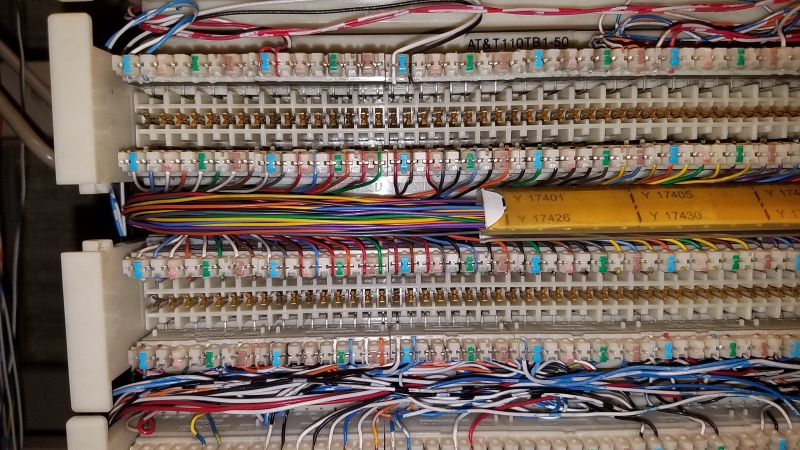 Brilliant Help Identify This Type Of 110 Block Cabling Tek Tips Wiring Cloud Hisonuggs Outletorg