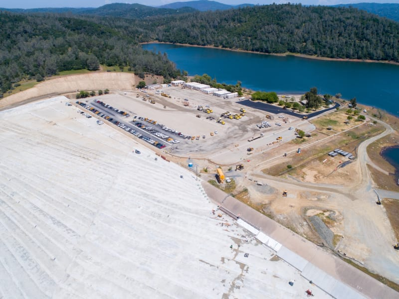 Oroville Dam Spillway Concrete Failure (Feather River Flooding, CA