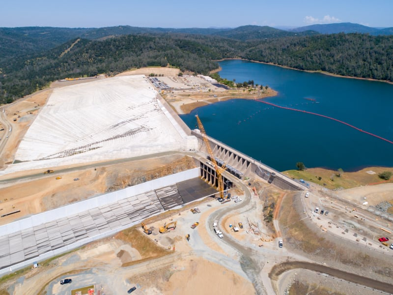 Oroville Dam Spillway Concrete Failure (Feather River