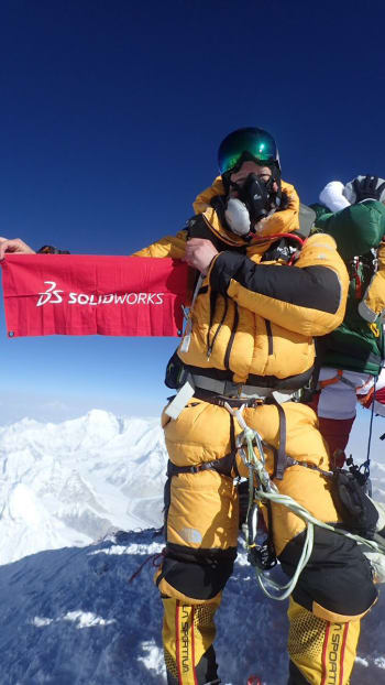 ON THE TOP OF THE WORLD. SOLIDWORKS reseller SolidEngineer's chief, Björn Lindwall, stands atop Mount Everest. It's in the company DNA to assume tough challenges; both in the CAD arena, and for its leaders to dare to stand out and perform beyond the usual.