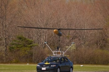 JHO first flight on May 4, 2017 at Plum Island (Mass.) Airport. The aircraft is launched from a moving vehicle. (Image courtesy of MIT/Veronica Padron.)