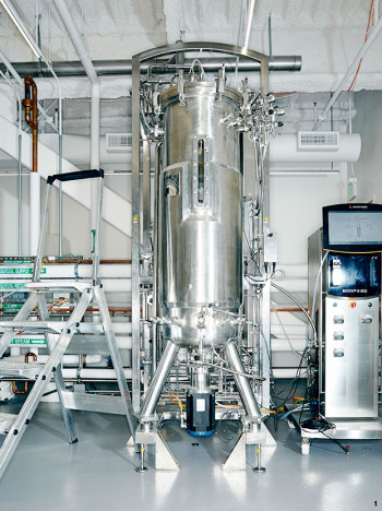 A fermenting tank containing genetically engineered yeast used to create artificial spider silk. (Image courtesy Bolt Threads.)