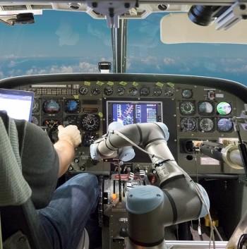 DARPA's ALIAS in action aboard a Cessna Caravan. (Image courtesy of Aurora Flight Sciences/DARPA.)
