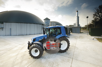 The T6 Methane Power tractor features nine hidden tanks for storing compressed methane, its fuel source. (Image courtesy of New Holland Agriculture.)