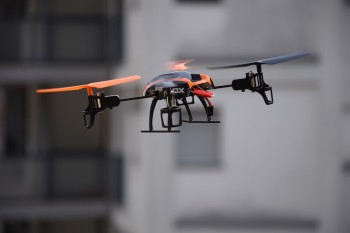 The new software can predict and prevent drone collisions.