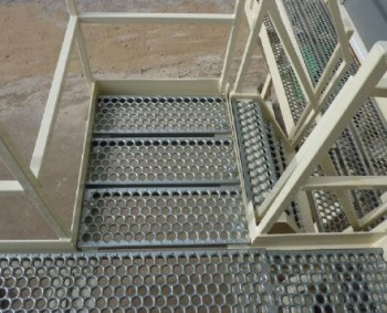 Open Grip Walkway (Image courtesy of Metalex.)