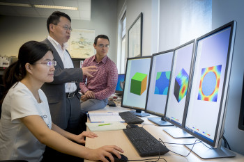 69d312f540 Doctoral student Bo Peng (at left), uses the program SwiftComp to reduce  design