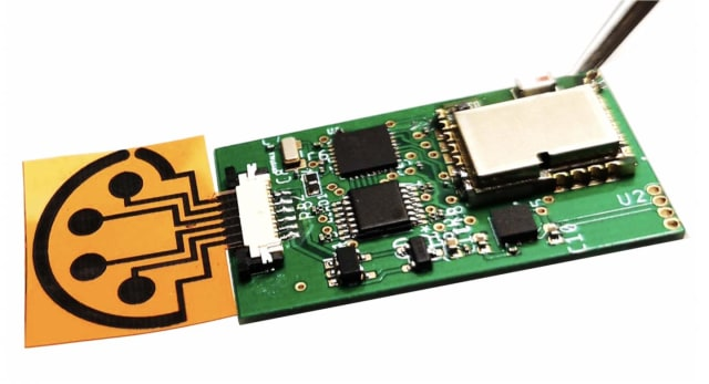 RapidPlex can transmit data to smartphones using Bluetooth technology. (Image credit of Caltech.)