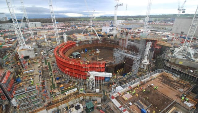 Construction of Hinkley Point C nuclear power plant (LR) with capacity of 3260 MW. (Image courtesy of EDF.)