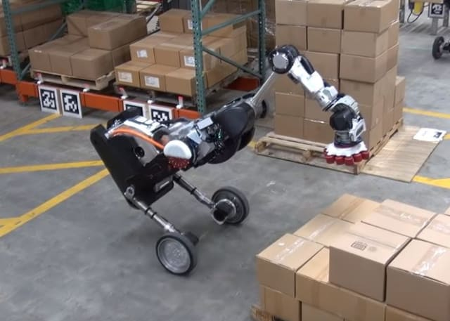 Boston Dynamics Shows Off Logistics Version of Handle Robot
