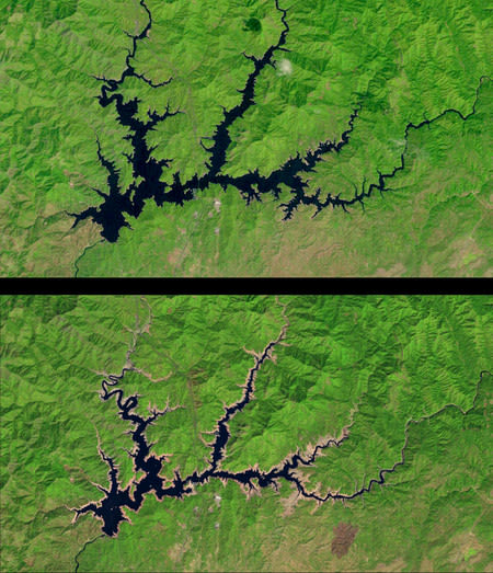 Satellite images show a 50 percent decrease in the water level of Shasta Lake between September 2011 (top) and September 2014 (bottom). Shasta Lake was among the 55 major California reservoirs included in this model. (Image courtesy of USGS/NASA, Landsat 5 (2011); Landsat 8 (2014)).