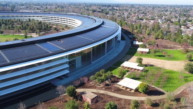 Drone footage of Apple Park, Apple's new headquarters in Cupertino, Calif. The site is entirely powered by solar energy. (Image courtesy of Duncan Sinfield, from his drone tour of the Park.)
