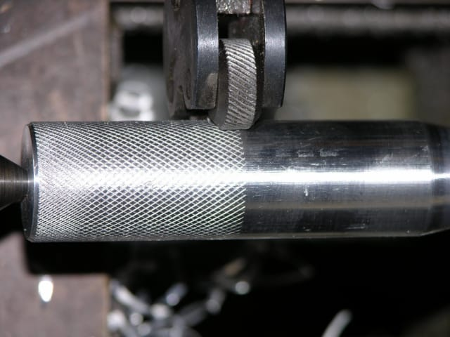 Knurling operations are used to produce a regularly shaped roughness on cylindrical surfaces.