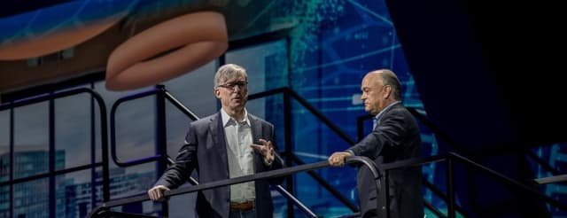 A PROFITABLE PARTNERSHIP. The partnership with Rockwell on the factory automation side is progressing well, noted Rockwell manager Blake Moret (left) when Jim Heppelmann talked to him on the LiveWorx 2019 stage in Boston.