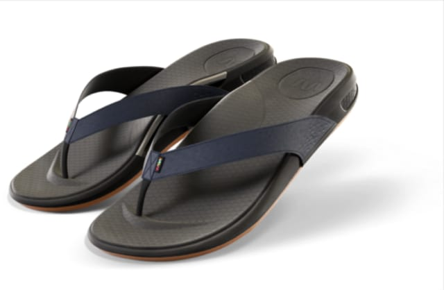 Wiivv's sandals feature 3D-printed arches. (Image courtesy of Wiivv Wearables.)