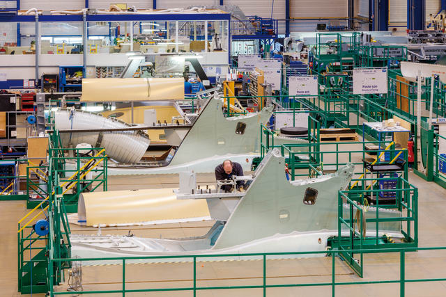 Dassault fuselage production. (Image courtesy of .)