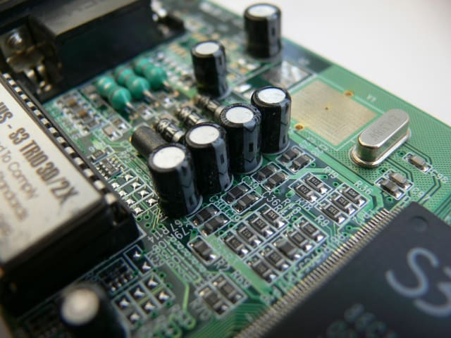 What Raw Materials Are Used to Make Hardware in Computing