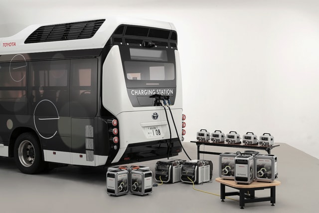 Moving e recharging portable power sources via two Power Exporter 9000s. (Image courtesy of Toyota.)