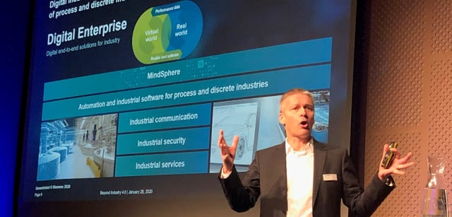 VARIANT MANAGEMENT REQUIREMENTS CHANGE EVERYTHING. Siemens Digital Industries COO, Jan Mrosik, discussed the company's Digital Enterprise portfolio from the stage in Stockholm. Among other things, he asserted that future production will be characterized by