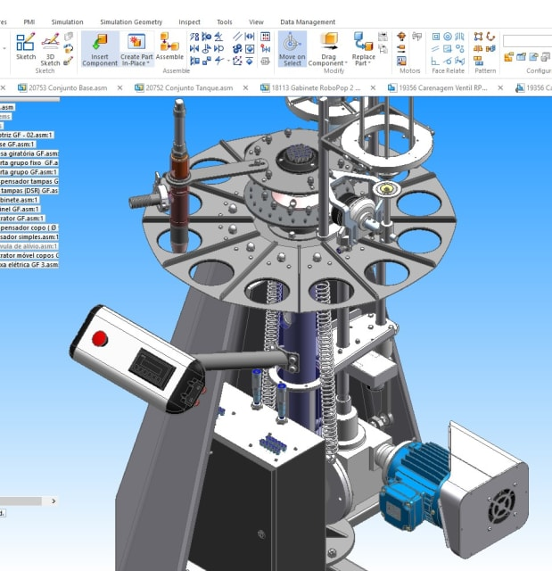 Designing a Finamac ice cream machine in Solid Edge. (Image courtesy of Finamac.)
