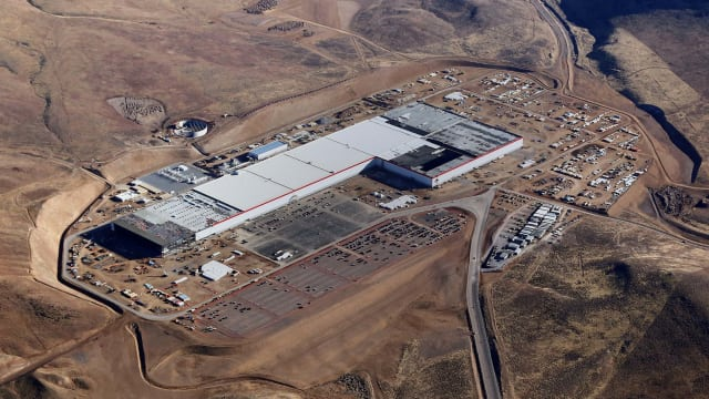 Partially-Completed Tesla Gigafactory (image courtesy of Tesla)