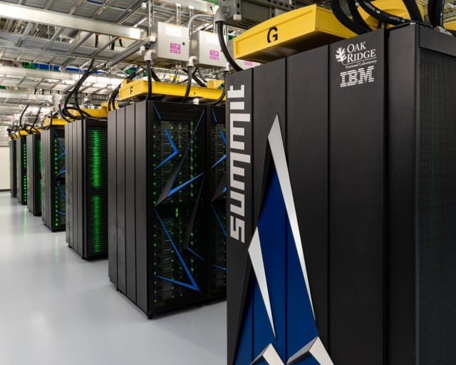 This is the world's most powerful supercomputer, the IBM-built Summit system, which is used by residents of Oak Ridge National Laboratory and scored an HPL result of 148.6 petaflops. (Image courtesy of Oak Ridge National Laboratory.)
