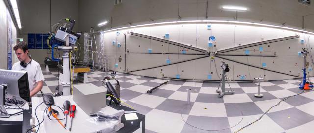 Figure 1: The Divergent beam FSI lab at NPL.