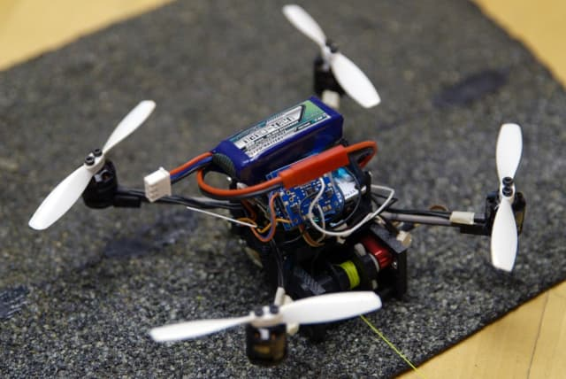 Small Drone Is Designed for Heavy Loads