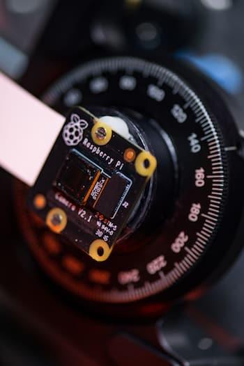 FlatScope. (Image courtesy of Jeff Fitlow, Rice University.)