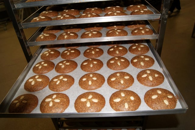 Witte Spezialitaten, a renowned bakery in Germany, uses MIOTY-enabled sensors to track temperature and humidity to keep their baked goods stored in an ideal environment. (Image courtesy of Witte Spezialitaten.)