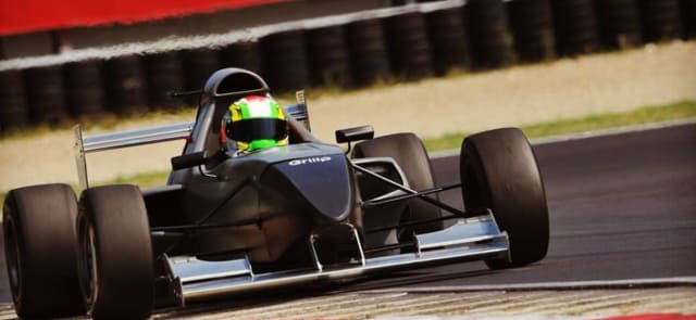 Formula 1000 Race Car Gets All Teched Out > ENGINEERING com