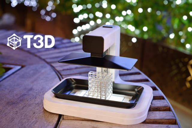 The T3D 3D printer uses visible light to print objects from photopolymer resin. (Image courtesy of Taiwan 3D Tech.)