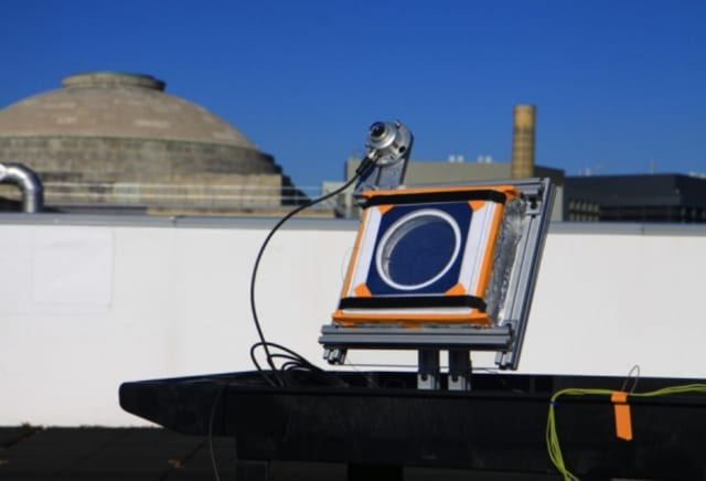 A test device installed on a rooftop at MIT proved the effectiveness of the new insulating material. When placed in sunlight, the device heated up to 220°C while the outdoor temperature was 0°C. (Image courtesy of MIT.)