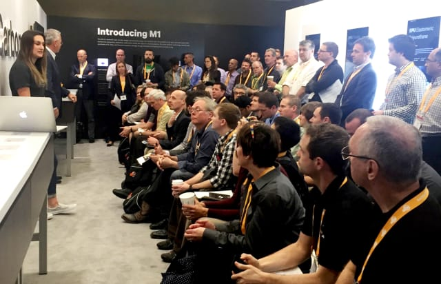 Standing room only for Carbon's launch of its first CLIP printer at the 2016 conference. (Image courtesy of AMUG.)
