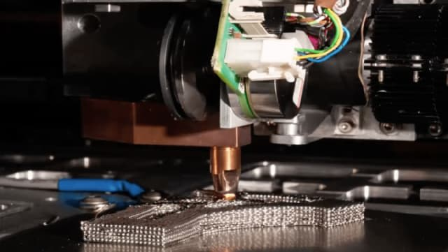 A close-up of the joule 3D printing process. (Image courtesy of Digital Alloys.)