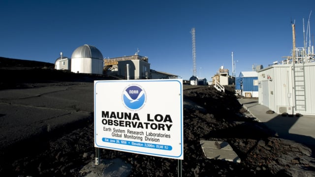Mauna Loa Observatory.  Clear skies (image credit: National Geographic/Getty Images)