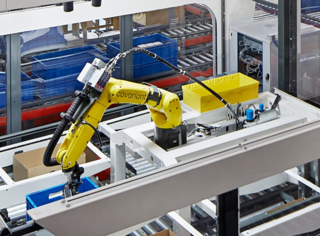 A Covariant robot in operation at a warehouse in German. (Image courtesy of Magnus Pettersson/Covariant.)