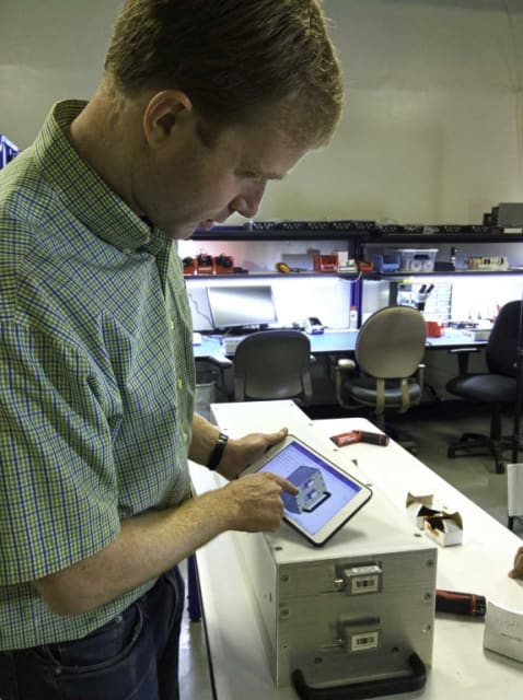 Figure 2. The real-life detector, with Onshape running on the cloud. (Image courtesy of Silverside Detectors.)