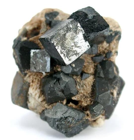 Perovskites mineral.