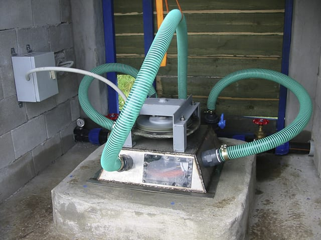 Greek nonprofit Nea Guinea has created the prototype for a 500 W locally manufactured picohydroelectric plant that satisfies all energy needs of the residents apart from cooking. (Image courtesy of the Journal of Cleaner Production.)