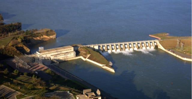 Gavins Point Dam in the summer, with its 14 spillways visible. (Image courtesy of U.S. Army Corps of Engineers.)