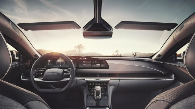A canopy more like a fighter jet than a sedan. Note floating 5K digital dashboard. (Picture courtesy of Lucid Motors)