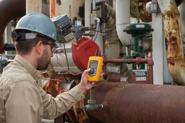 Fluke 710 mA loop valve tester. (Image courtesy of RS Components.)