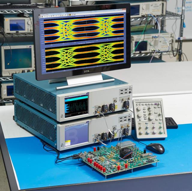 DPO70000SX 70GHz ATI performance oscilloscope. (Image courtesy of Tektronix.)