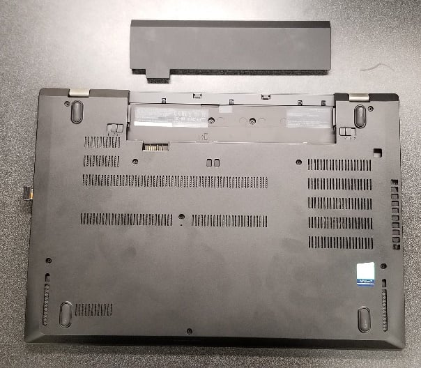 The ThinkPad P52s's swappable battery.