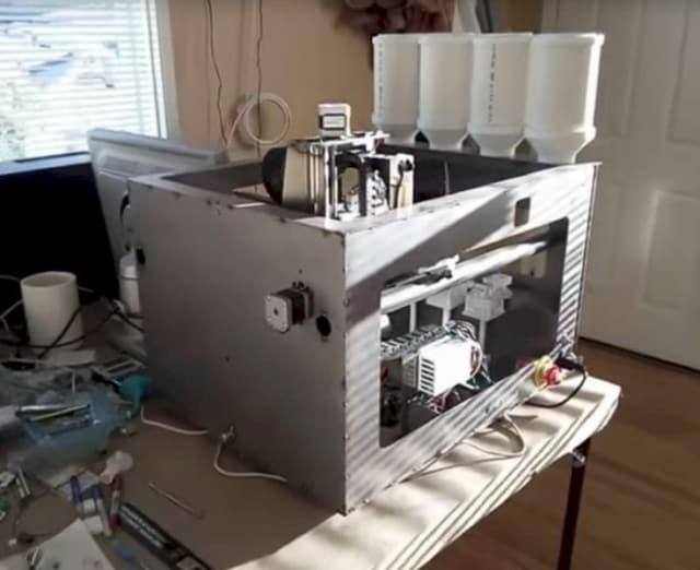The Iro3D 3D metal printer. (Image courtesy of Fabbaloo.)