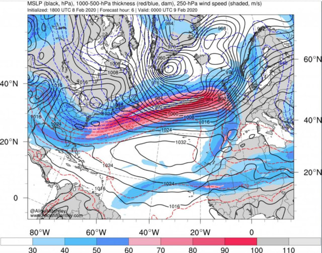 The Saturday evening Atlantic jet stream analysis shows a 260 mph jet at the 34,000 ft, as the UK braced for Storm Ciara.(Picture courtesy of Strangesounds.org)