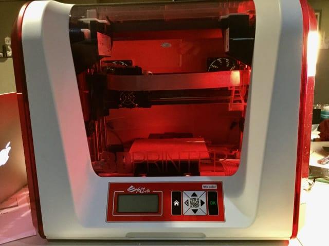 The XYZprinting da Vinci Jr. 2.0 Mix