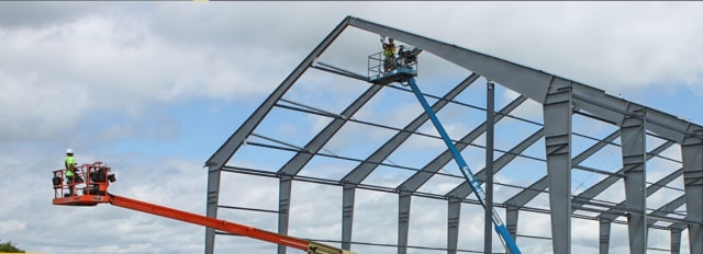 Installing a Legacy Building. (Image courtesy of Legacy Building Solutions)